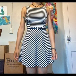 STRIPED DRESS LEATHER BELT ACCENT SMALL